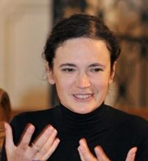 foto-felicia-waldman-speaking