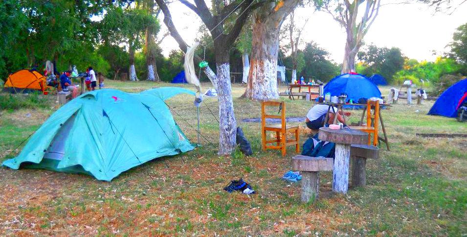 Historia y camping en la Isla Martín García
