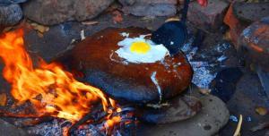 Cocinar sobre una piedra