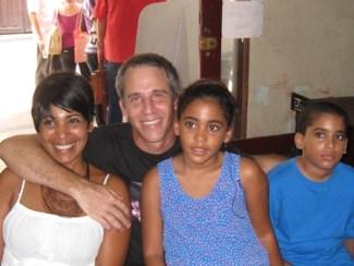 Demián Rabilero, Patricia Aportela y familia