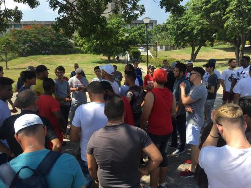 Protesta pacífica contra cierre de SNet. Parque de las Comunicaciones, La Habana. 10 de agosto de 2019/ Foto: Darío Alejandro Alemán.