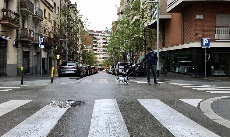 La calle es de los revolucionarios, dice Bruno. Foto: M.