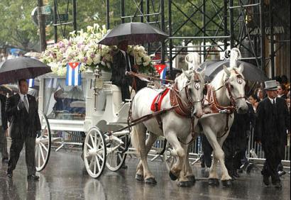 Funeral de Celia Cruz en la Quinta Avenida / Foto: latinamericanstudies.org