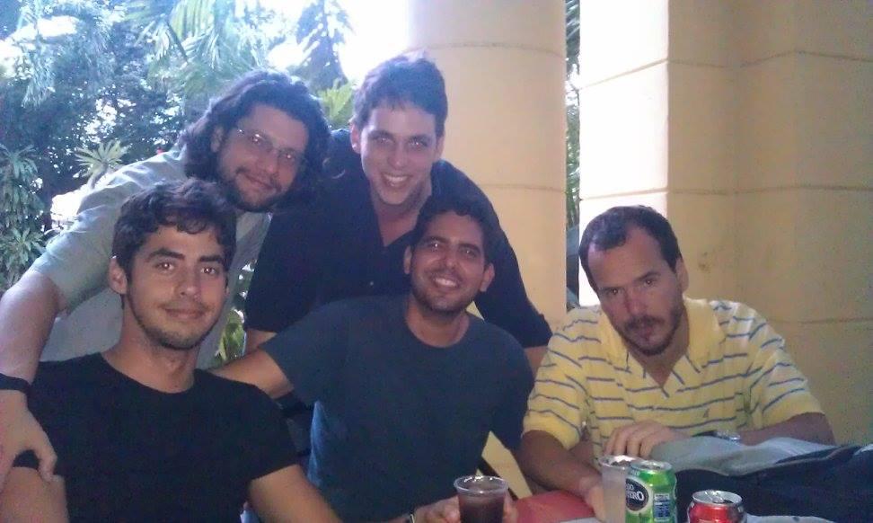 Ibrahim Hernández, Juan Manuel Tabío, Carlos Aníbal Alonso, Roberto Rodríguez y Ubaldo León Barreto (izq. a der.). La Habana, enero de 2015 / Foto: Cortesía del entrevistado