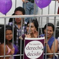 mujeres-encarceladas
