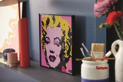 LEGO lanza LEGO Art, una línea que traslada las pasiones de los adultos a la decoración Pop-Art