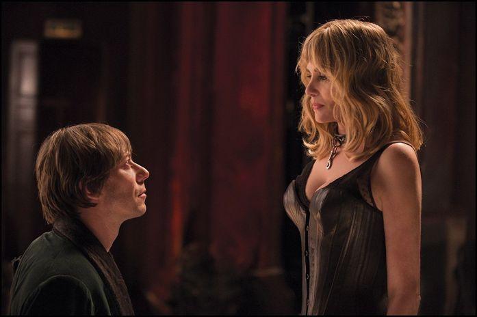 Mathieu Almaric y Emmanuelle Seigner en La Venus de las pieles.