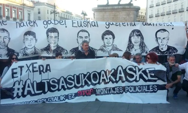 Zaragoza: Charla Madres de Altsasu