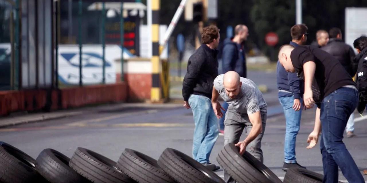 Alcoa, la clase trabajadora saca músculo ante el desmantelamiento industrial.