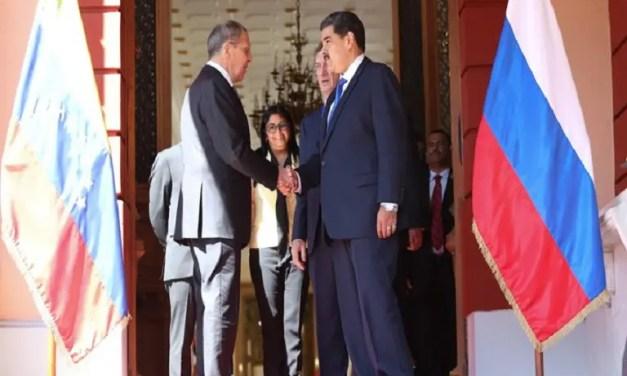 El ministro de exteriores ruso, Serguéi Lavrov, se reunió con Nicolás Maduro en Miraflores