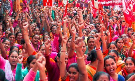 """""""Hoy en día la única alternativa para la India es el Frente de Izquierdas y su alianza con las fuerzas maoístas o irán a una guerra civil"""" Óscar Díaz"""