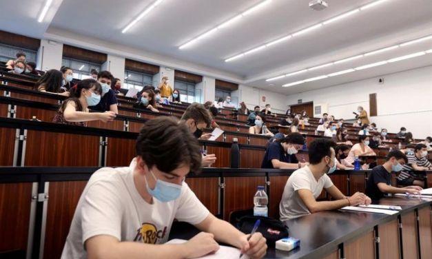 La Asamblea de Estudiantes de la Universidad de Murcia (AEUM) exige la modalidad no  presencial para sus exámenes