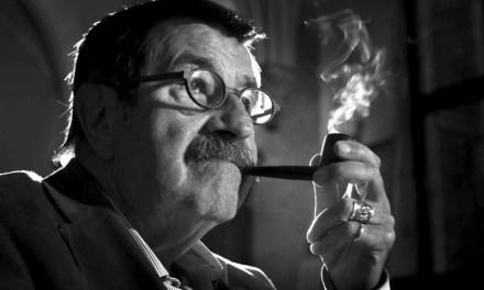 """Günter Grass """"el dibujante de fábulas oscuras de la historia"""""""