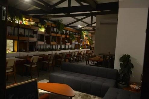 Bar de tapas brasileiras em que cliente faz pedido por app é inaugurado na Vila Madalena