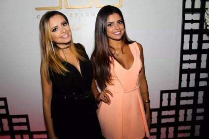 Mariana de Moraes e Maressa de Moraes