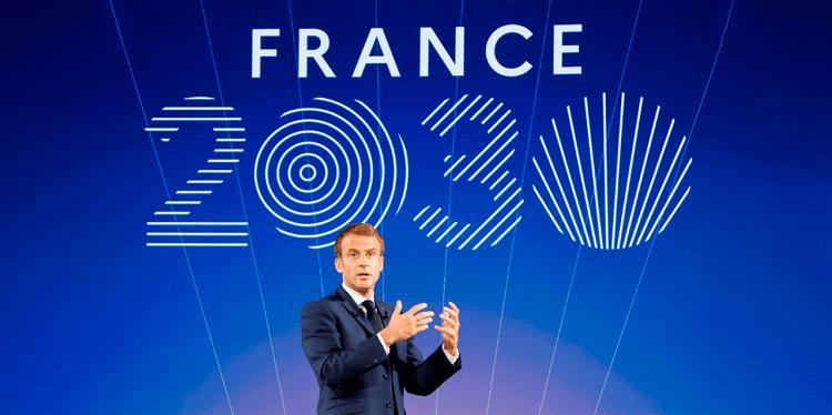 Emmanuel Macron, presidente de Francia, durante exposición de France 2030