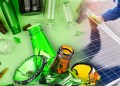 Montaje: Escasez de botellas de vidrio y paneles solares
