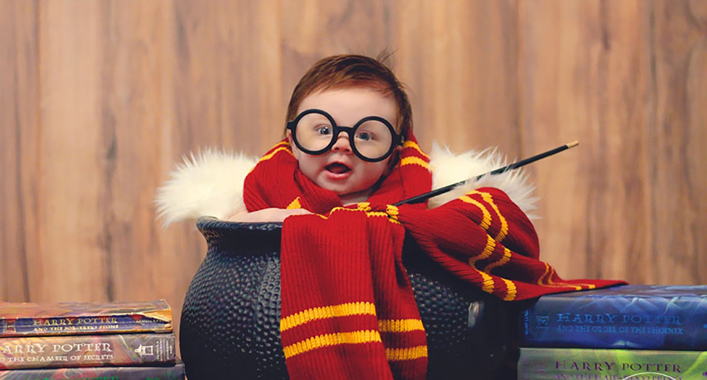este beb de 3 meses es retratado como harry potter en la m s adorable sesi n de fotos galer a. Black Bedroom Furniture Sets. Home Design Ideas
