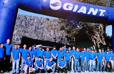 Giant-Disandina-convencion-12-370