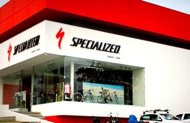 La gran tienda-concepto de Specialized en Pereira