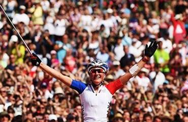 Julie Bresset se quedó con la medalla de oro