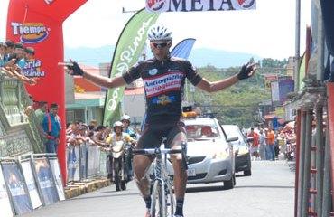 Carlos Ospina y su triunfo de etapa