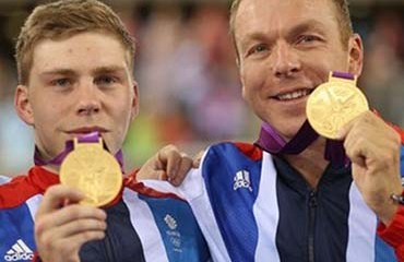 Chris Hoy (derecha), victorioso en Londres