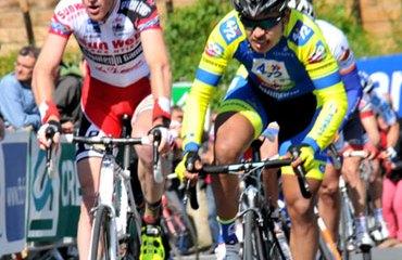 Diego Ochoa continúa en el top 5 de la carrera francesa