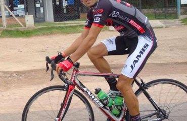 Jánier Acevedo se postula como favorito al título en California