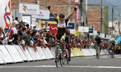 Stiver Ortiz quien ya había sido líder de la Vuelta a Colombia en el pasado, comanda la clasificación general individual