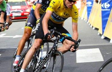 Froome cedió tiempo frente a Contador y los del Belkin