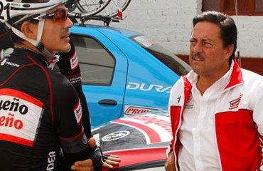 Gabriel J. Vélez viene de ganar la Vuelta de la Juventud con César Villegas