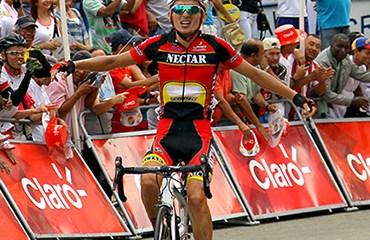 Álvaro Gómez y su triunfo de etapa en el Clásico RCN 2013