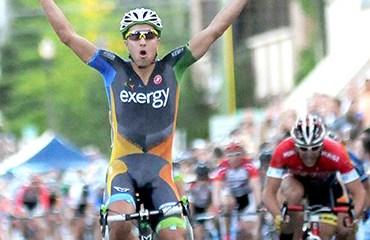 Carlos Álzate cumplirá una nueva temporada ciclística en USA