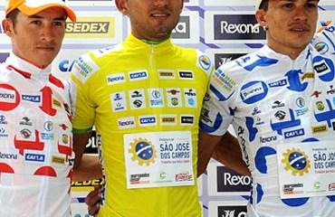 Tamayo pasó a comandar la carrera paulista