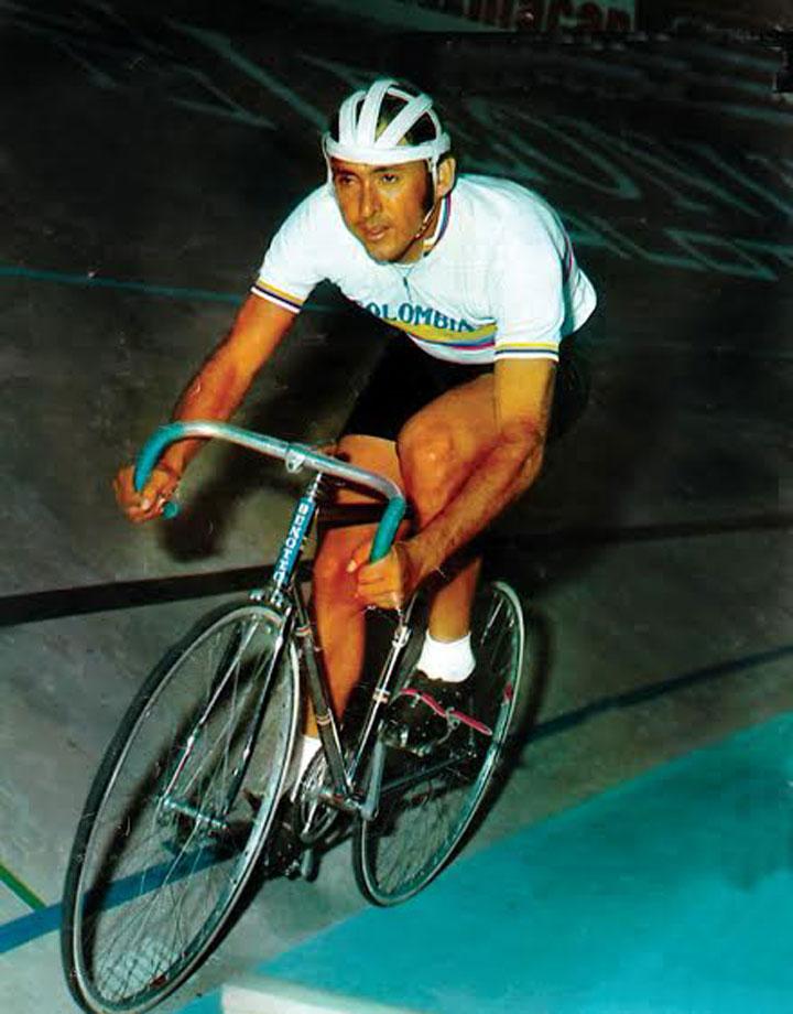 Cochise Rodríguez marcó una de las generaciones más grandes que tuvo el ciclismo colombiano en el continente. Foto Cortesía: El ciclismo colombiano en el Mundo (Próximo a aparecer)