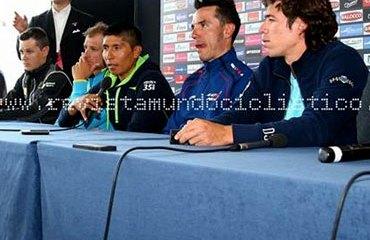 Quintana y Urán, en la mesa principal de la rueda de prensa irlandesa