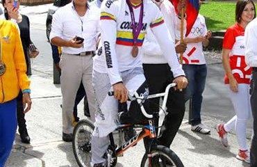 Oquendo de celebración en el día Olímpico en Bogotá