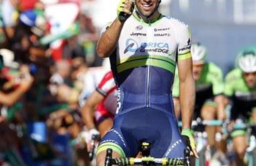 Matthews ganó la etapa y asumió la roja mientras que Quintana y Urán empiezan a acomodarse en la general
