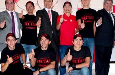 El gobernador de Cundinamarca, Álvaro Cruz, presidió el homenaje al ciclismo del departamento