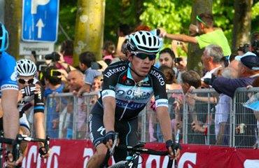 Por primera vez, Rigoberto Urán se retira de una de las Grandes Vueltas.