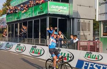 El irlandés Daniel Martin ganó por primera vez la carrera italiana.