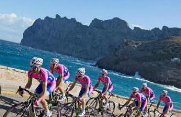 El equipo italiano se reunirá en los Alpes durante 4 días.
