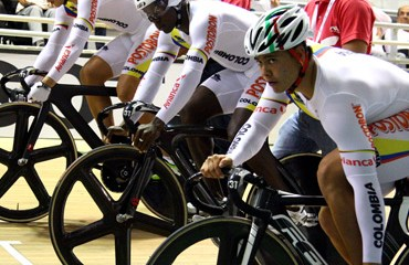 La tripleta de velocidad colombiana se ubicó en el puesto 11 al final de la primera jornada de la edición 2015 de la Copa Mundial caleña
