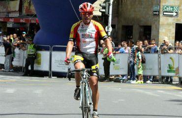Iván Parra ganó la tercera etapa de la Vuelta Marco Fidel Suárez