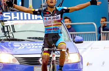 Alejandro Serna fue el vencedor de la etapa de este viernes de la Vuelta a Colombia