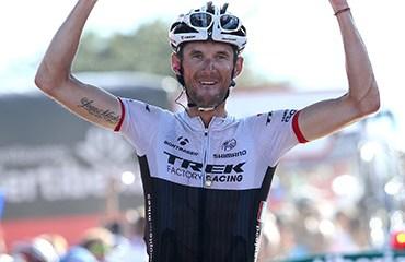 Schleck le ganó el duelo por la etapa al boyacense Rodolfo Torres