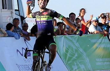 Eduardo Sepulveda ganador de etapa y nuevo líder de Tour de San Luis (Fotos Team jamis)