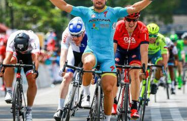 Andrea Guardini vencedor de etapa y líder de Tour Langkawi