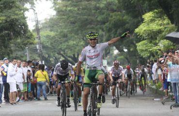 Jeffry Romero gana última etapa de Vuelta al Tolima
